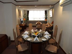 President-Suite-(Dining-&-Living-Room)